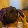 applying hair dye